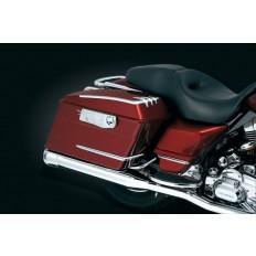 Akcenty na kufry motocykla Harley Davidson