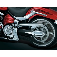 Chromowana osłona na pas napędowy motocykla Yamaha XV 1900