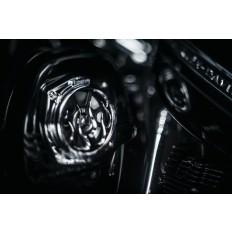 Czarne głośniki motocyklowe